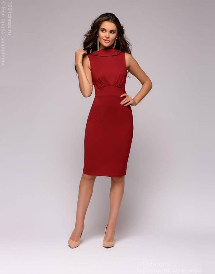 6b1bcc765a3 Бордовое платье-футляр с кружевной спинкой