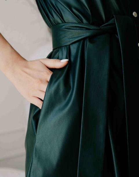Платье рубашка из экокожи с поясом