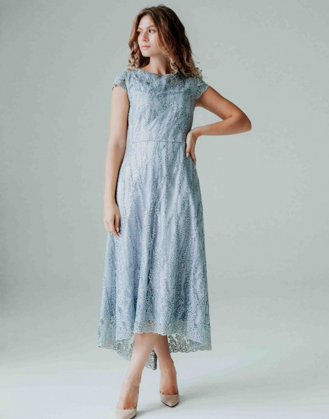 Вечернее платье-миди со шлейфом