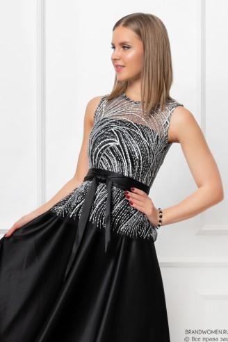 Платье-макси со съемной баской