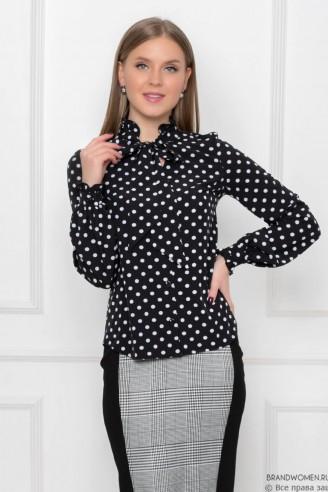 Блуза в горошек с бантом