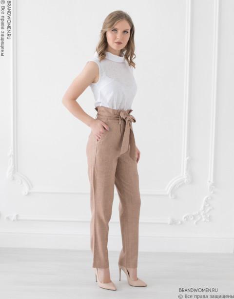 Завышенные брюки с карманами и поясом
