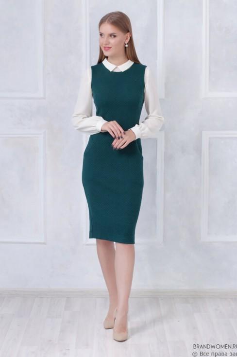 Приталенное платье-сарафан