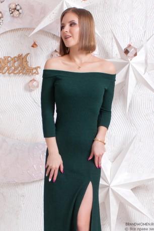 Платье макси с вырезом на ноге