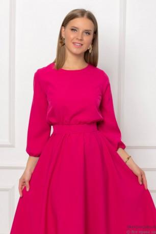 Платье длины миди на резинке с поясом