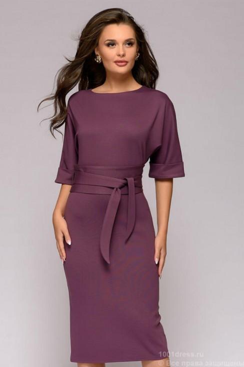 Платье-миди с поясом и рукавом