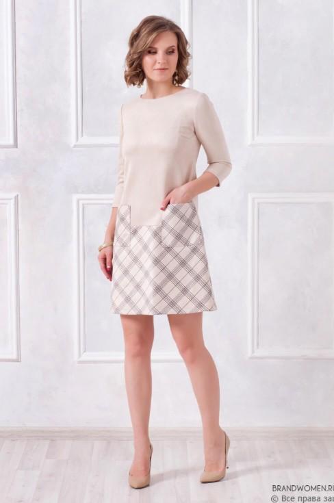 Платье-трапеция с накладными карманами