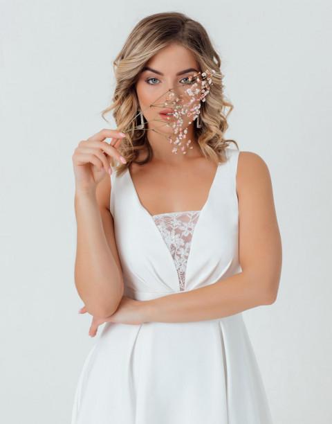 Платье-миди без рукавов с декором