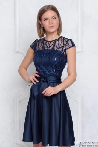 Платье мини с поясом и кружевным верхом