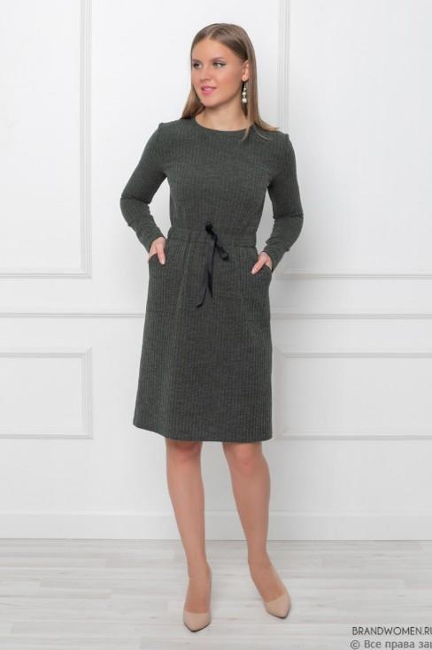 Платье из трикотажа с кулиской на талии и карманами