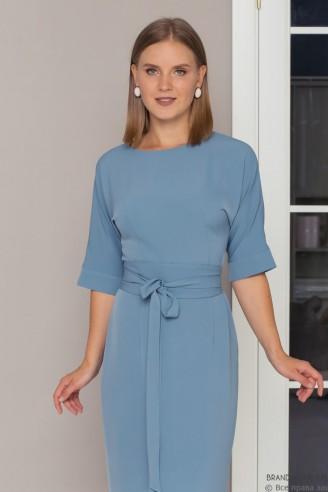 Платье с рукавом летучая мышь и поясом
