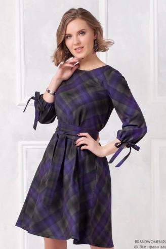 Платье-трапеция с завязками на манжетах