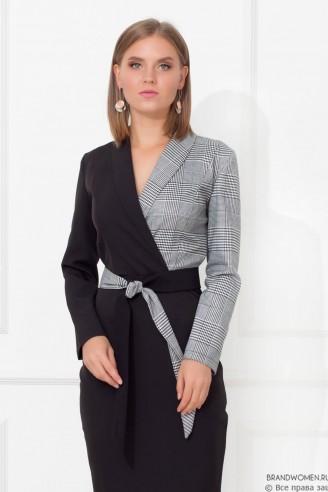 Комбинированное платье-футляр с поясом