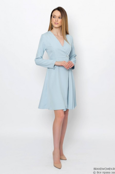 Платье-миди с плиссированной вставкой