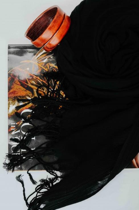 Палантин женский с кисточками