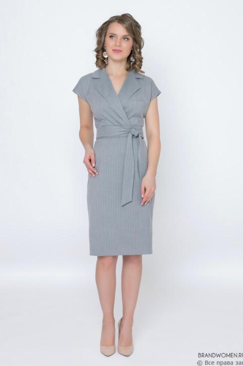 Платье-футляр с отложным воротником и поясом