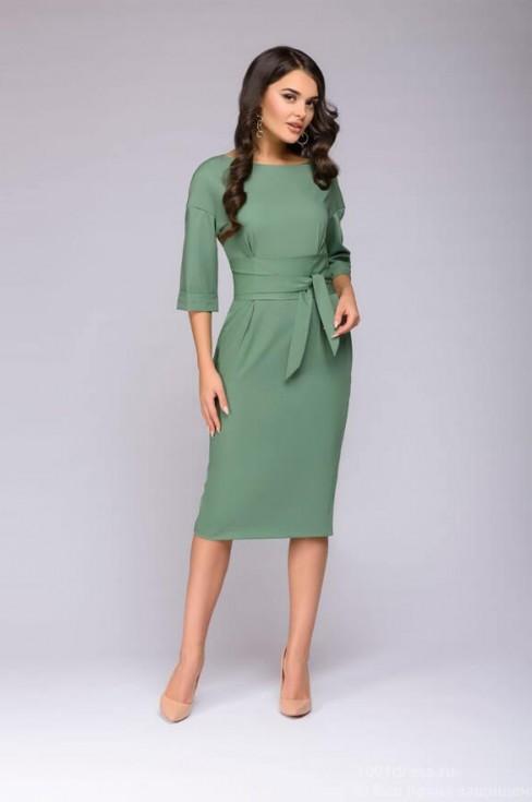 Платье-футляр свободного кроя