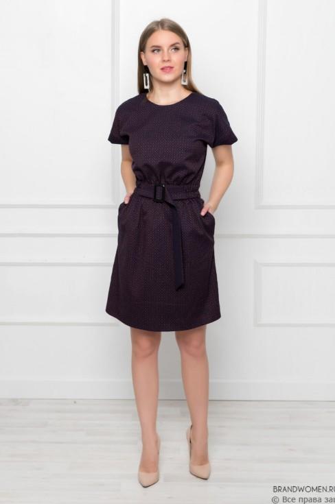 Платье-мини с поясом на талии