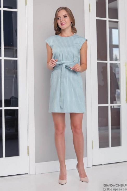 Платье-мини без рукавов с поясом