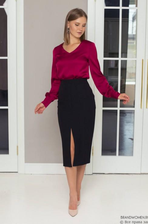 Блуза с длинными рукавами и широким манжетом