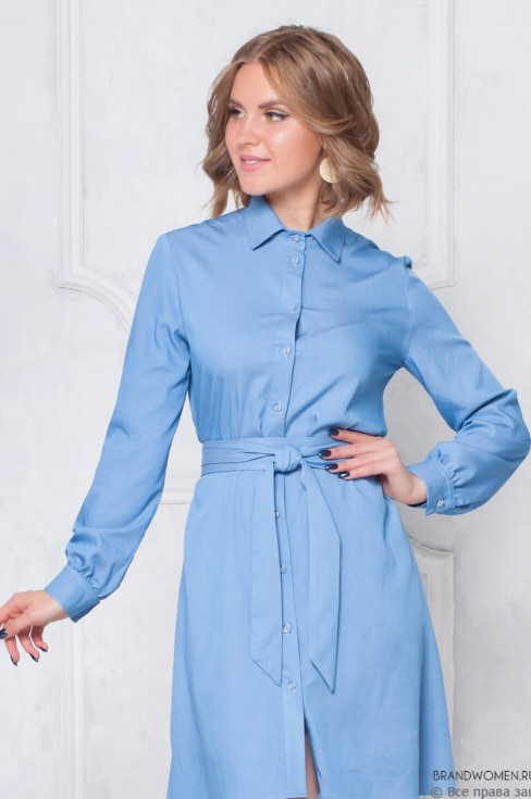 Платье-рубашка свободного кроя с поясом