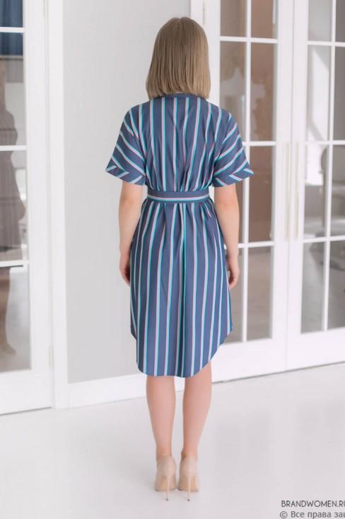 Платье-рубашка длины мини со свободными рукавами