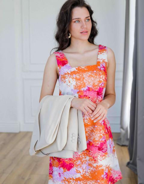 Платье-сарафан длины мини с вырезом на спине