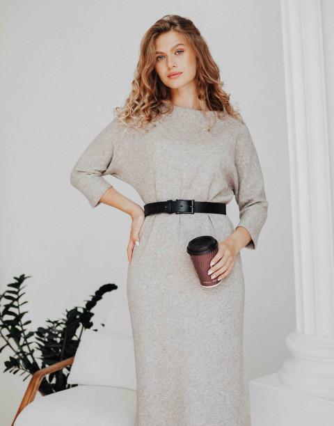 Трикотажное платье длины миди с рукавом летучая мышь