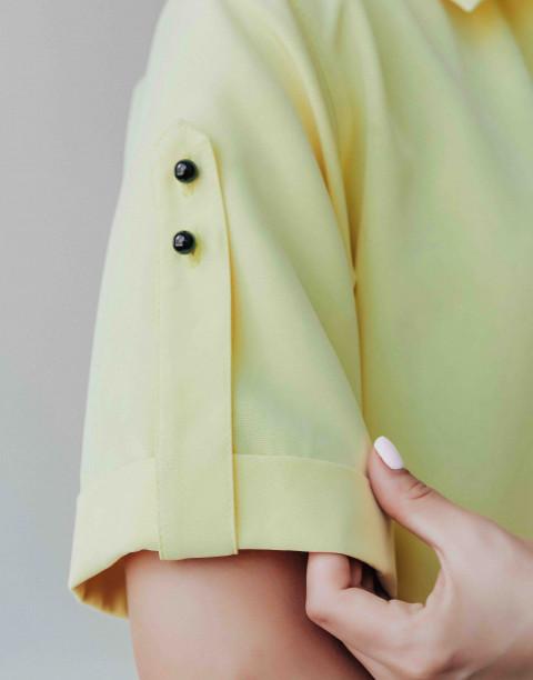 Платье-рубашка с контрастными пуговицами