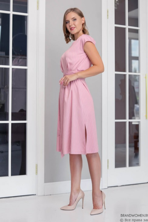 Платье-миди прямого кроя с поясом