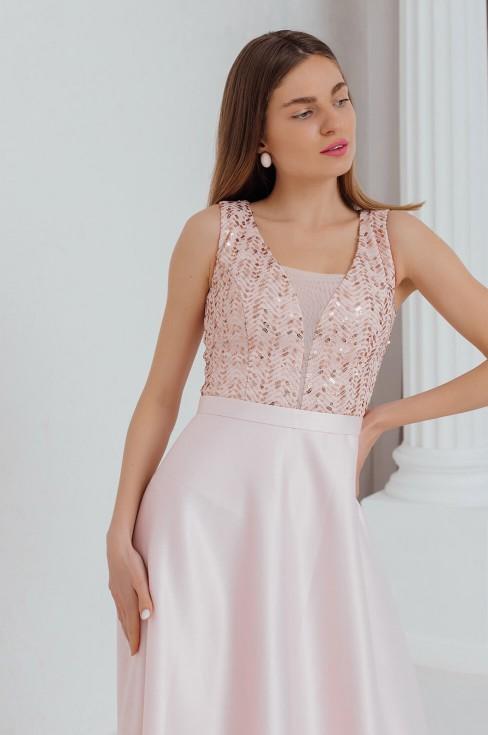 Платье-макси с вырезом и вставкой на груди