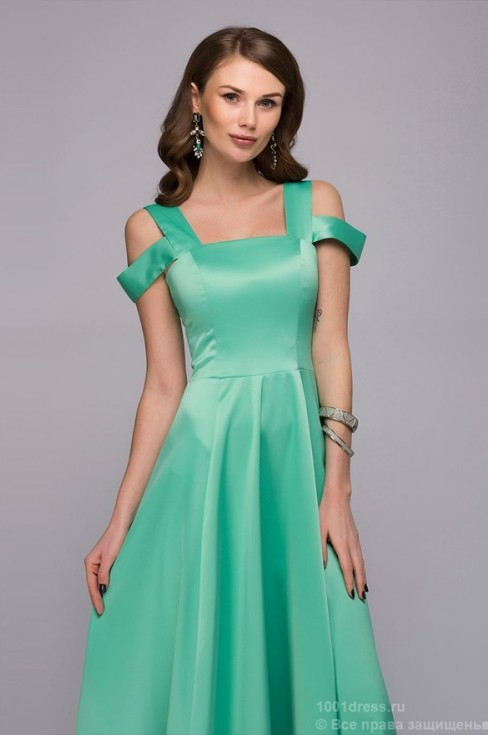 Мятное платье-макси с необычными бретелями