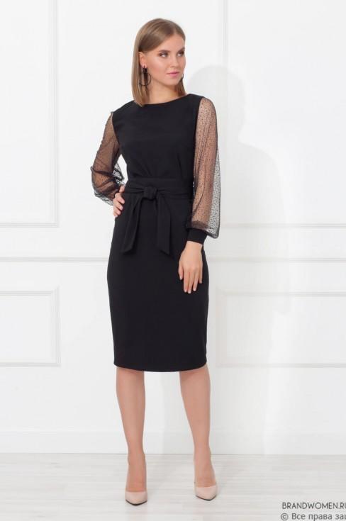 Платье с поясом и полупрозрачными рукавами