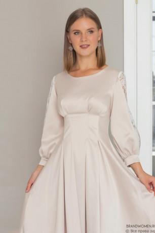Платье-мини с защипами и разрезами на рукавах