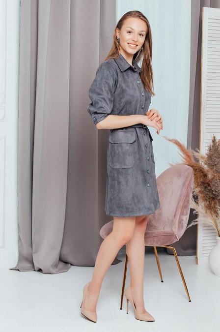 Замшевое платье с накладными карманами