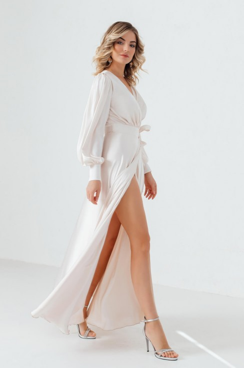 Платье длины макси на запах