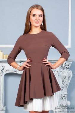 Платье длины мини с асимметричным подолом