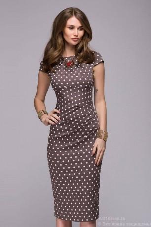 Платье футляр с драпировкой на талии