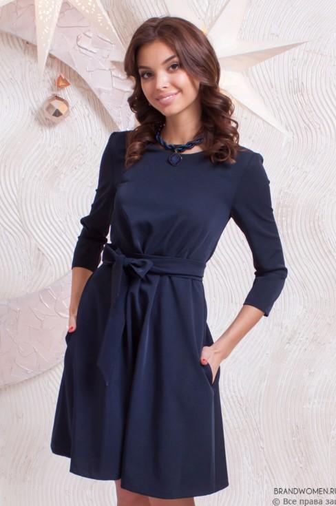 Платье-трапеция с поясом