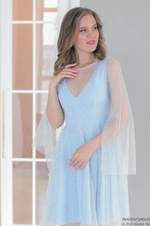 Платье-мини со стразами и V-образным вырезом