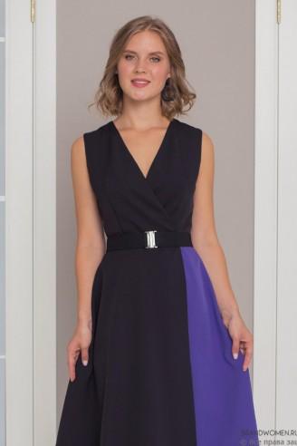 Двухцветное платье-миди на запах с поясом