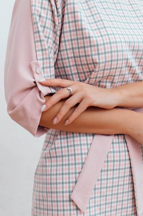 Платье трапеция с необычными рукавами