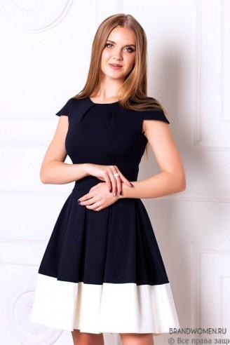 Пышное платье длины мини с белой отделкой