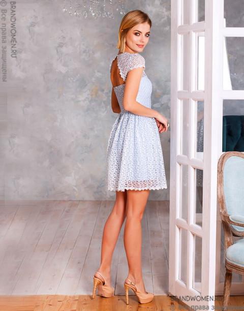 Платье длины мини с открытой спиной