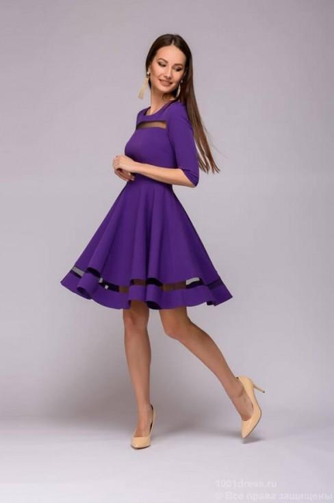 Платье длины мини с прозрачными вставками