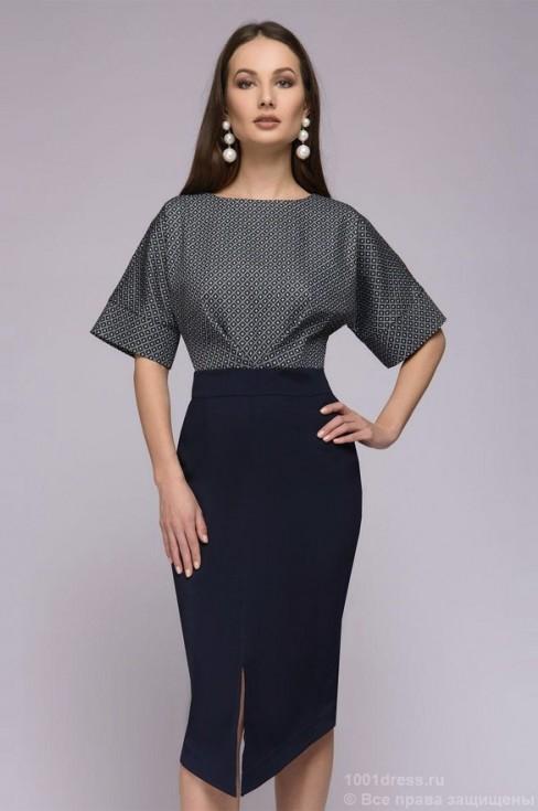 Платье футляр с принтованным верхом и разрезом на юбке