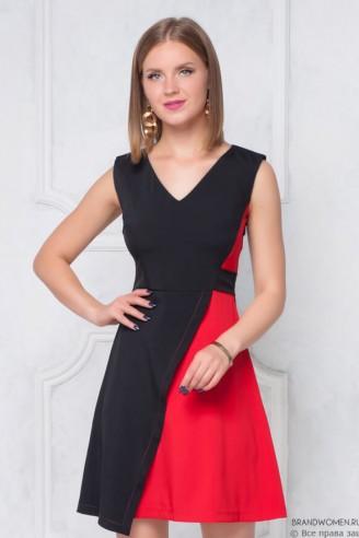 Платье-мини без рукавов с контрастной вставкой