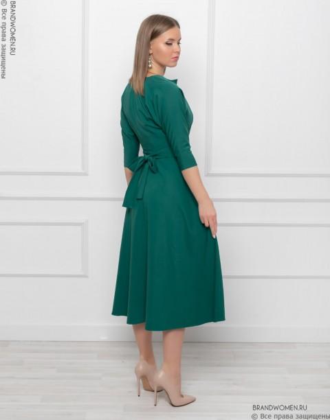 Платье длины миди с рукавом