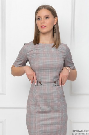Платье-футляр с декоративным поясом