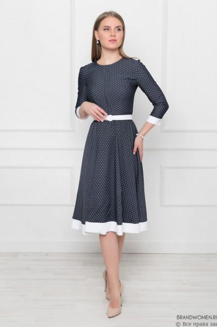 Платье-миди с белой отделкой и поясом